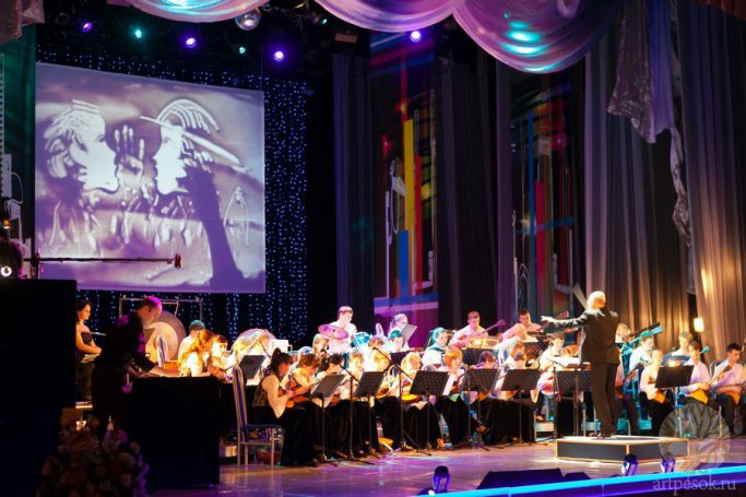 Песочное выступление с оркестром 5