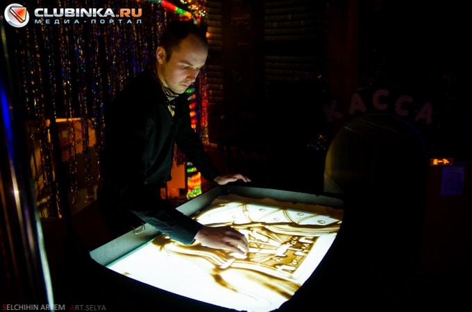 Фото с выступлений художника Всеволода Вахрамеева 28