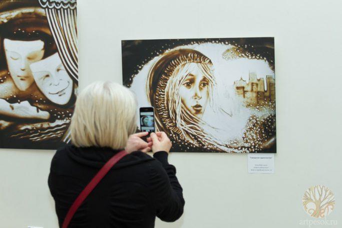 Выставка песочных картин